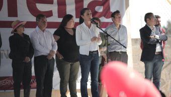 Jóvenes protestan durante evento de Morena en Cuajimalpa