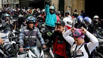 Prohíben pasajero masculino en motocicletas en Bogotá