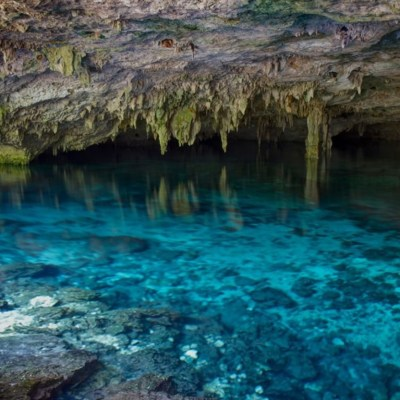 INAH descubre en Tulum la cueva inundada más grande el mundo