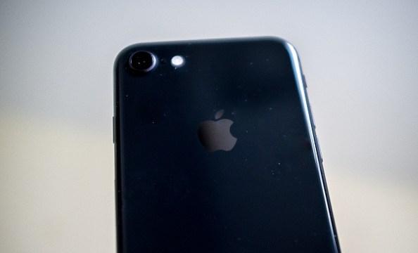 Apple permitirá que usuarios desactiven ralentizacion sus iPhones
