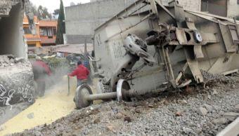 Descarrilamiento de tren en Ecatepec, Edomex, deja cinco muertos.. (EFE)