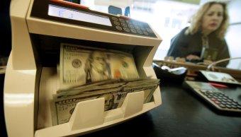 El dólar se cotiza por debajo de los 19 pesos