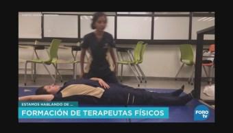 Formación de terapeutas físicos en la UNAM