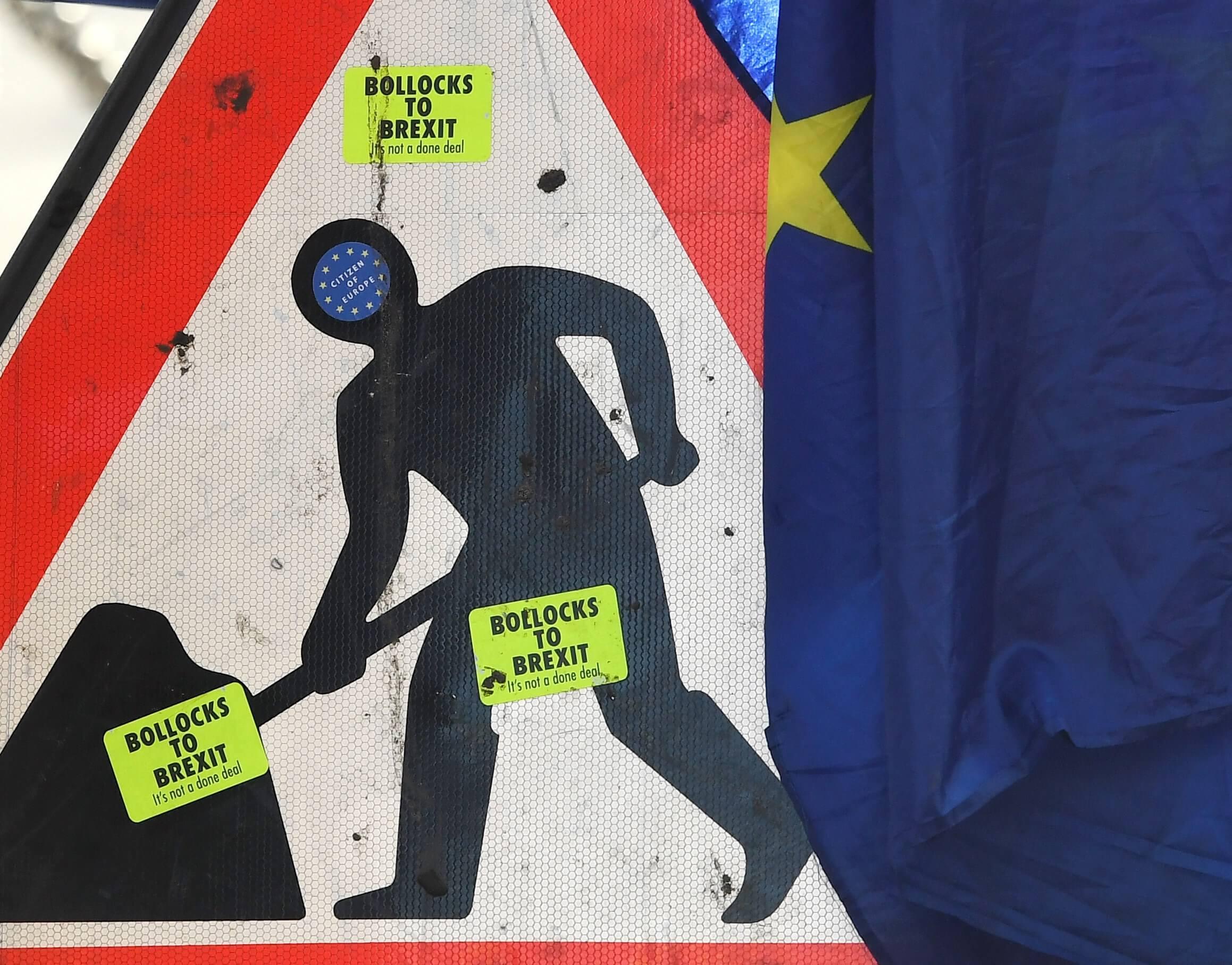 Londres debe aceptar las decisiones de la UE durante la transición — Barnier