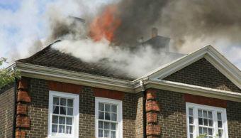 Bomberos de Nueva York apagan incendio en residencia de familia Clinton