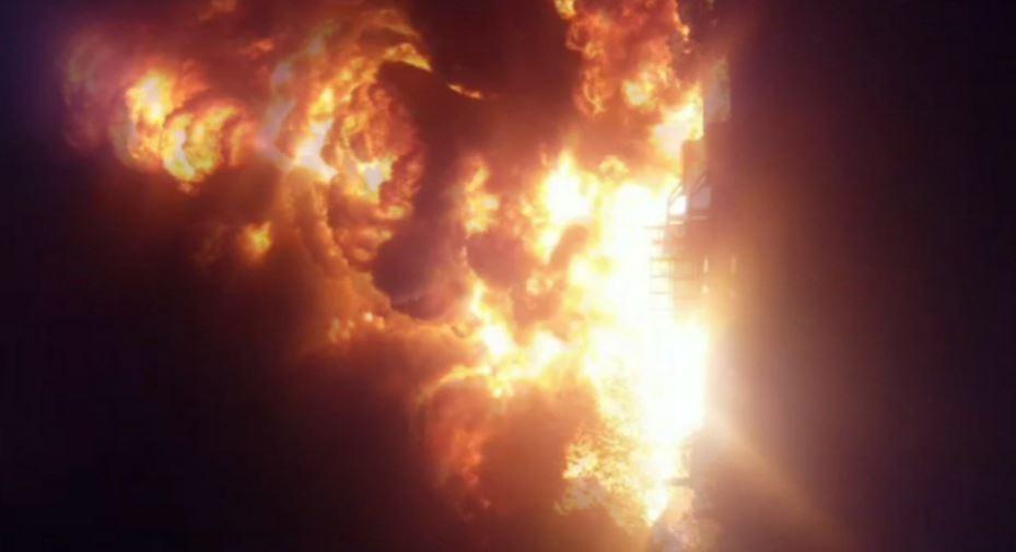Se incendia ducto de Pemex
