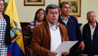 Jefe negociador de ELN pide a Santos reconsiderar retiro de diálogo
