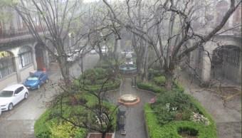 Lluvia y granizada causa afectaciones en el Valle de México