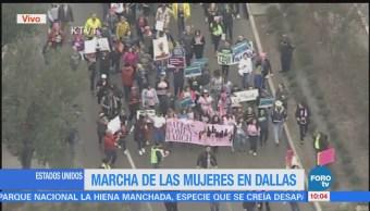 Marchan mujeres en Dallas contra el gobierno de Trump