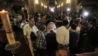 Velan a Nicanor Parra en la Catedral de Santiago