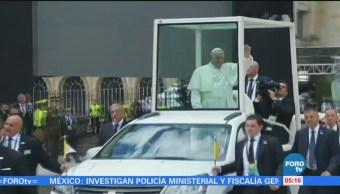 Papa Francisco inicia viaje a Chile y Perú