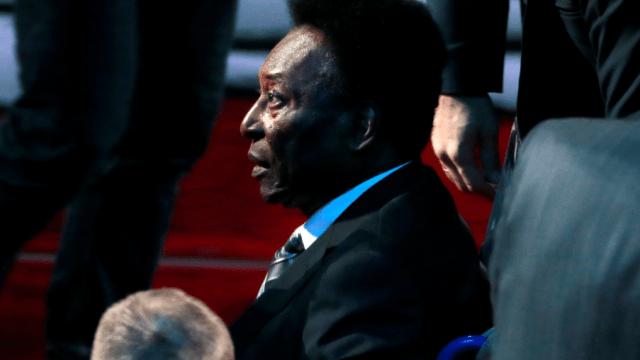 Pelé niega desmayo, cancela evento en Londres porque sería estresante
