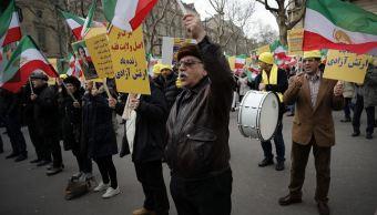 Se manifiestan en París en apoyo a protestas contra el régimen iraní