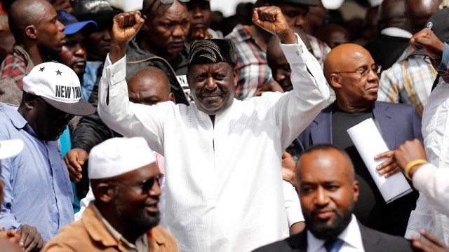 El líder opositor Ondinga juramenta simbólicamente como presidente de Kenia