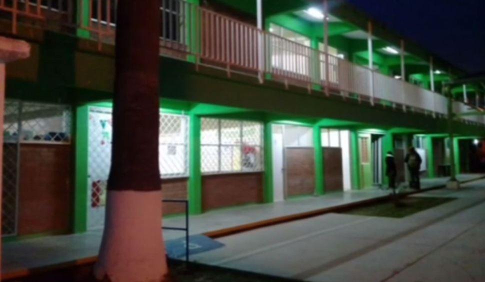Reportan ausentismo escolar en planteles de Nuevo León por bajas temperaturas
