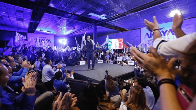 Ricardo Anaya se reúne con simpatizantes en Aguascalientes