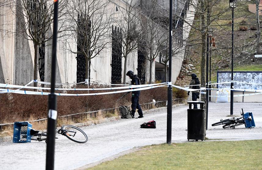 Dos personas resultan heridas en una explosión en Suecia