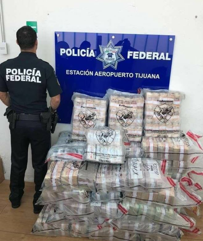 Decomisan en aeropuerto de Tijuana 90 millones de pesos
