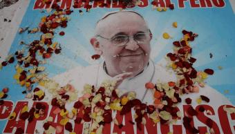 El papa se despide de Chile deseando unidad y paz