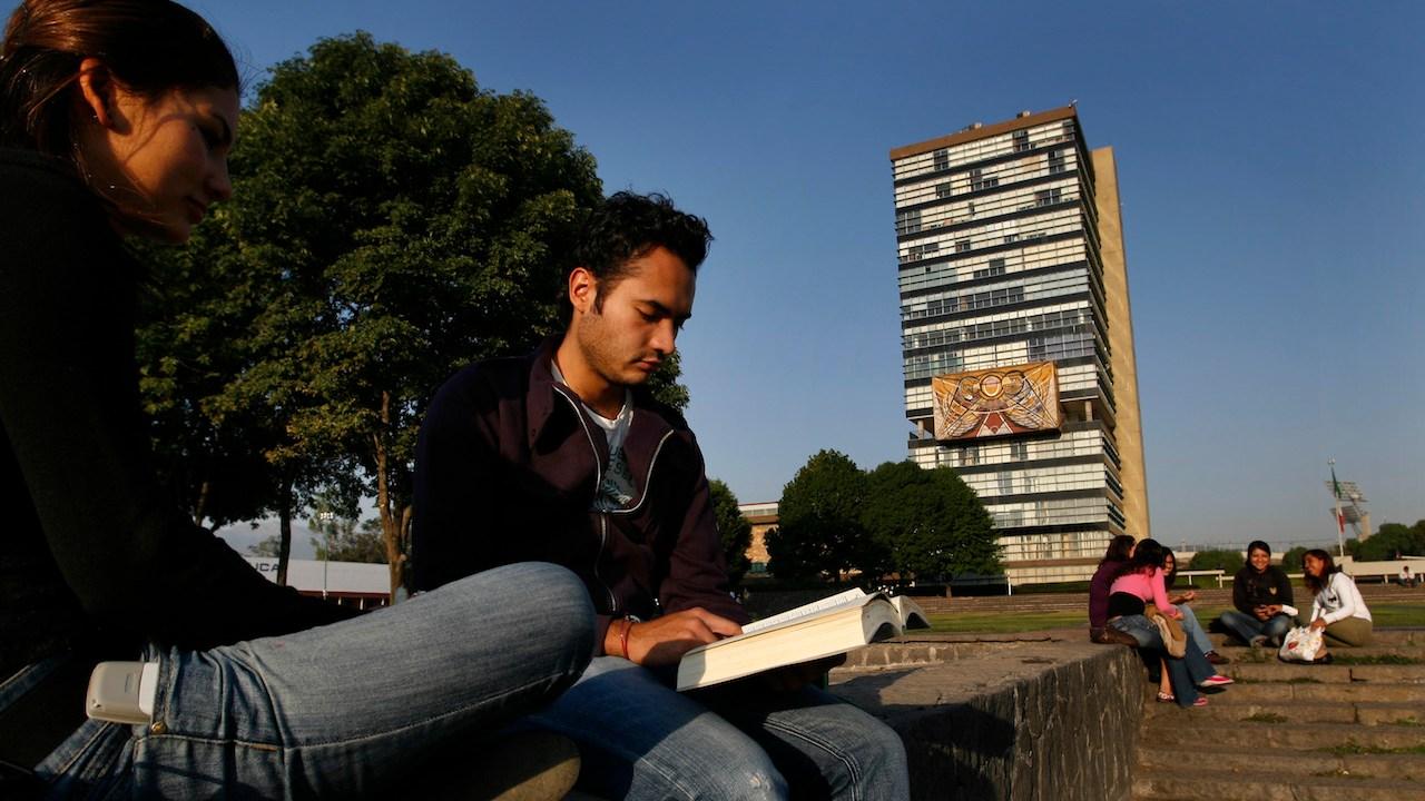 médico-cirujano-examen-admisión-UNAM-carreras