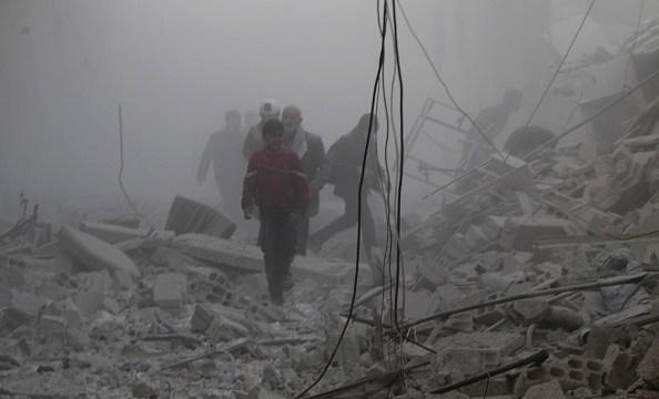 Merkel urge a Rusia e Irán a contribuir para detener 'masacre' en Guta
