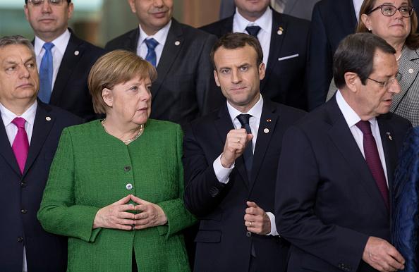 Merkel y Macron instan a Putin presionar a Siria para cesar combates