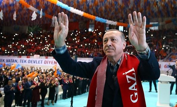 Erdogan acusa a Bashar al Assad de asesinar a un millón de sirios