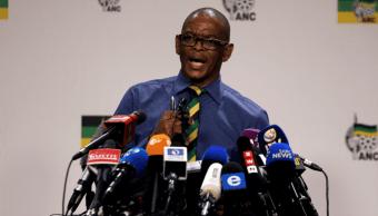 Ace Magashule, presidente del Congreso Nacional Africano en Sudáfrica