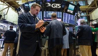 Wall Street cierra fuertes ganancias y Dow Jones avanza 1 39 ciento