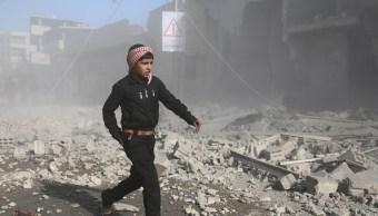 Bombardeos sirios bastión rebelde deja 77 muertos