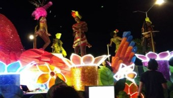 """Campeche celebra 436 años del paseo carnavalesco de """"Sábado de Bando"""""""