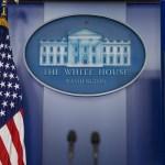 Idioma español, ausente en página de internet de Casa Blanca
