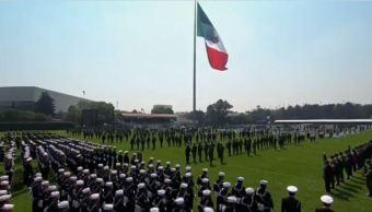 Peña Nieto encabeza el 197 aniversario del Día de la Bandera