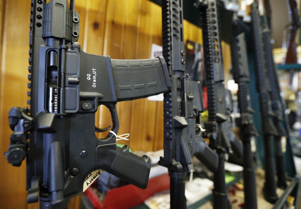EU varía su regulación para fomentar la venta de armas al exterior