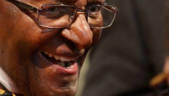 Desmond Tutu renuncia a su papel como embajador de Oxfam