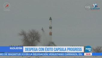 Despega Éxito Cápsula Progress Kazajistán Estación Espacial Internacional Soyuz