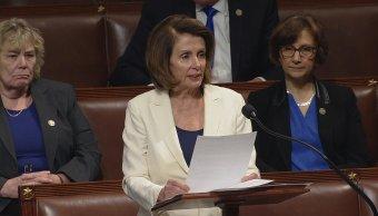 En discurso récord 8 horas Pelosi llama defender dreamers