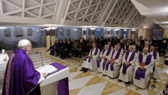 El papa pide un sueldo justo para las empleadas del hogar