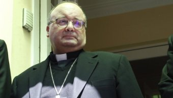 Enviado Vaticano entrevista obispo ocultar abusos Chile
