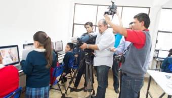 Alumnos de la primaria 'Amado Nervo' realizan un noticiero