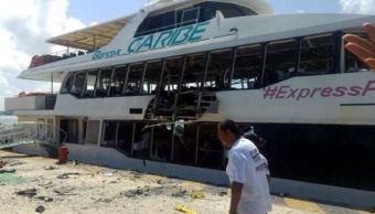 Se registra explosión de ferry en Playa del Carmen, Quintana Roo