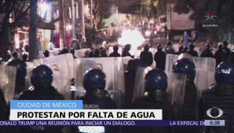 Habitantes de la CDMX bloquean calles por falta de agua
