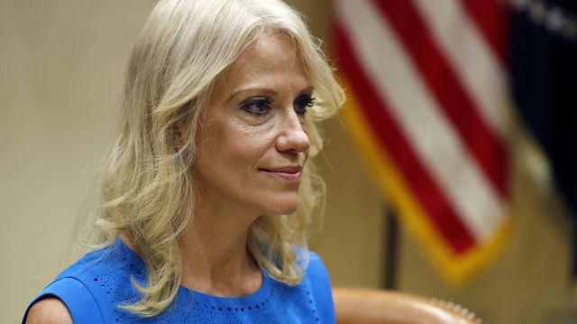 Asesora defiende a Trump y dice que tiene gran compasión por mujeres