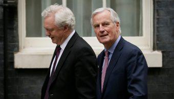 Reino Unido insta a UE a trabajar en acuerdo del Brexit