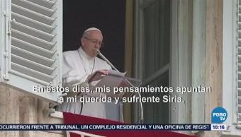 Papa Francisco pide que termine situación inhumana en Siria