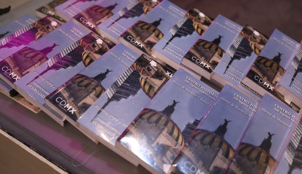 presentan libro placas centro historico 200 lugares imprescindibles