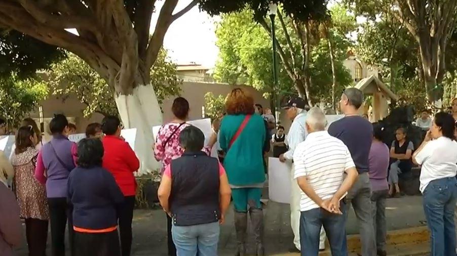Vecinos protestan por falta de agua en Coyoacán, CDMX. (Noticieros Televisa)
