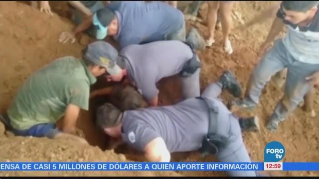Rescatan a niña sepultada en Brasil