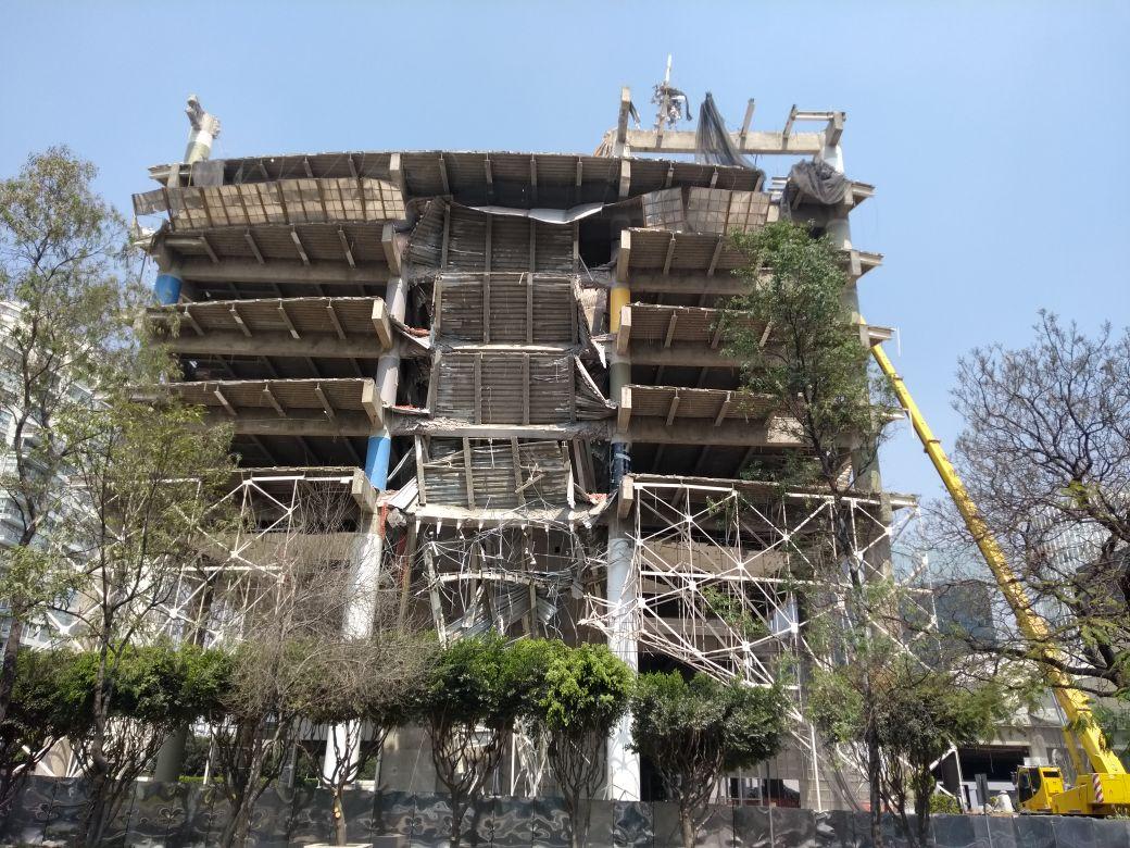 Se derrumba construcción en Polanco