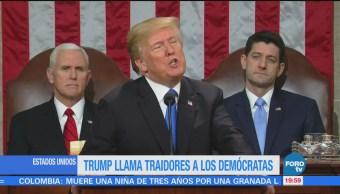 Trump acusa de traición a los demócratas